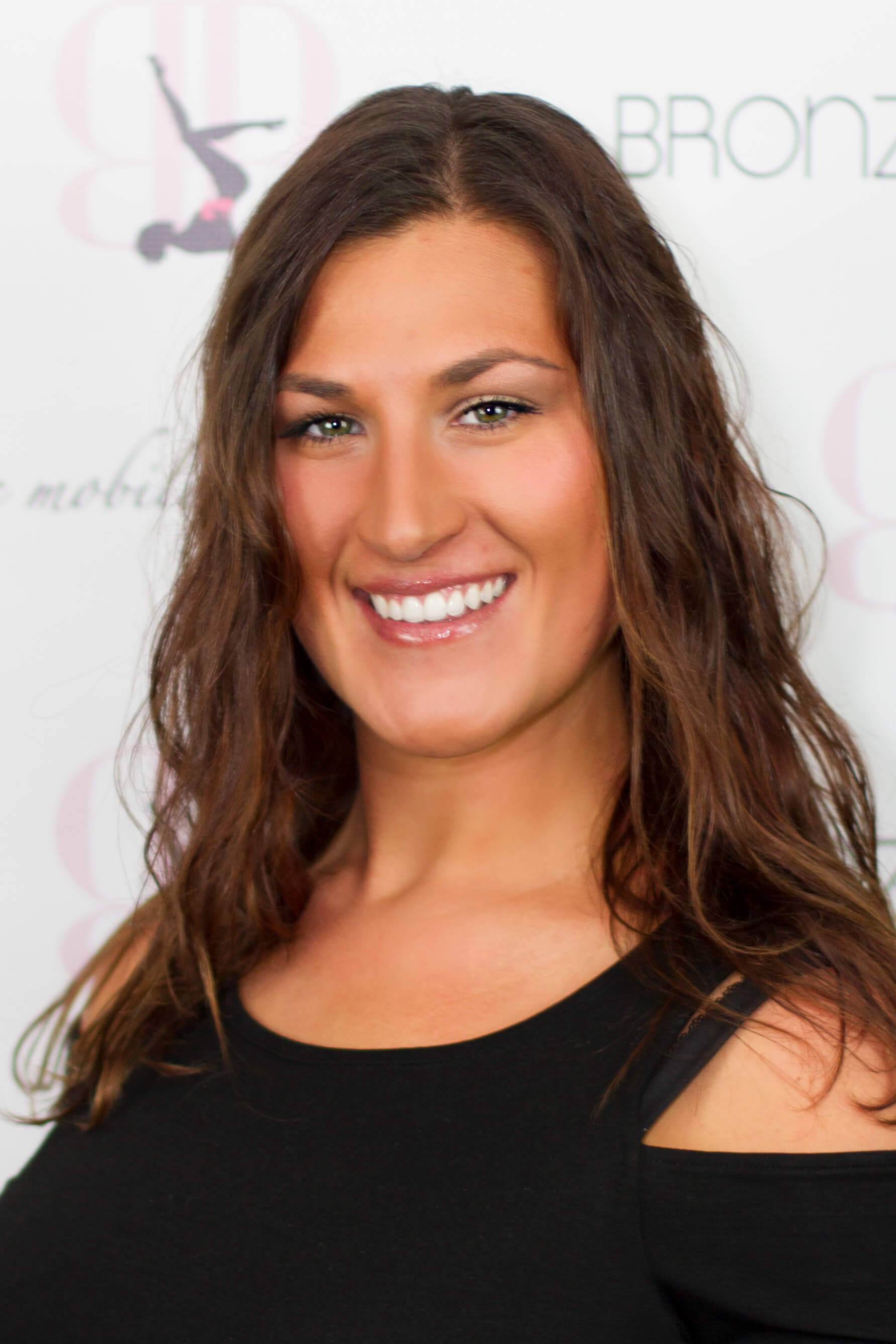 bronzedberry spray tan artist mary